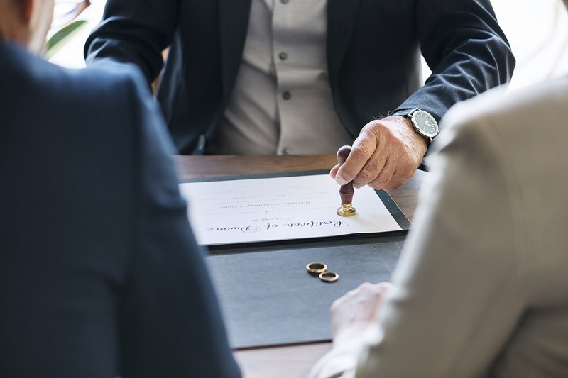 5 Key Things To Consider Before You File For A Divorce