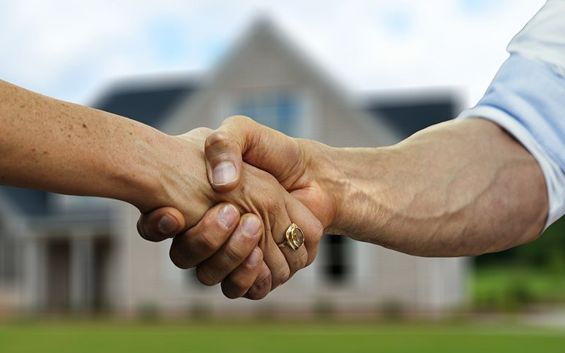 Is It A Good Idea To Use A Solicitor My Estate Agent Recommends
